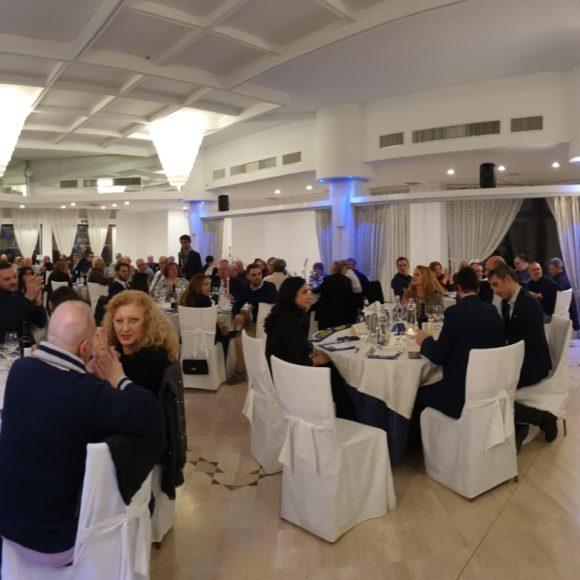FRATELLI D'ITALIA CHIAMA A RACCOLTA UNA SALA GREMITA DI MILITANTI ALLA CENA ELETTORALE FDI CIRCONDARIO IMOLESE