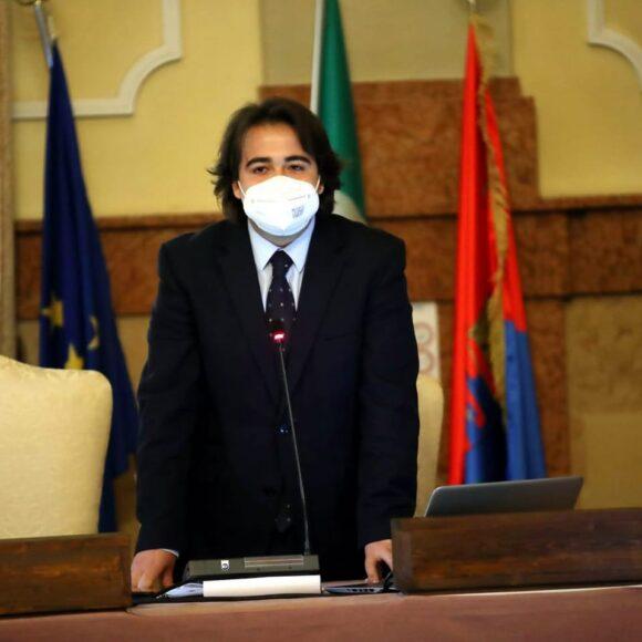 NICOLAS VACCHI (FDI): GRANDE VITTORIA DI FRATELLI D'ITALIA PER LA TRASPARENZA, APPROVATA LA PROPOSTA DI FRATELLI D'ITALIA IN COMMISSIONE SULL'INFORMATIVA DEGLI ATTI DEI CONSIGLIERI