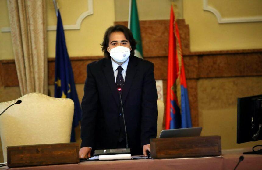 NICOLAS VACCHI (FDI): L'ASL PARLA DI STRATEGIE ANTIRISCHIO CONTRO LA PANDEMIA? FRATELLI D'ITALIA CHIEDE CONVENZIONI PER GARANTIRE TAMPONI GRATIS PER I LAVORATORI